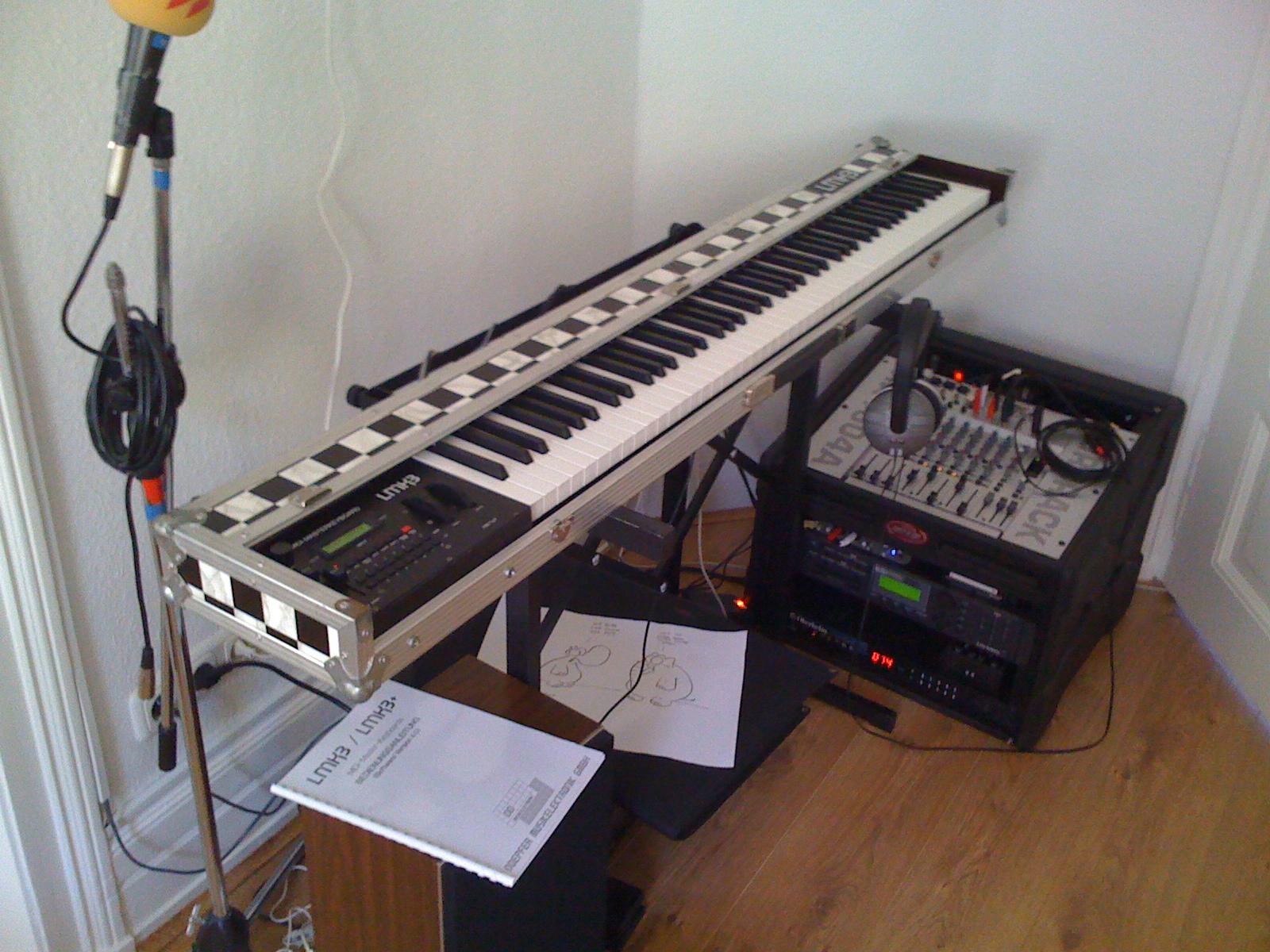 Krachmacherecke: Keyboard und Rack