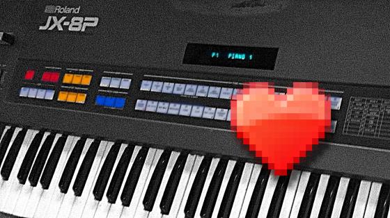 Roland JX8P Synthesizer in, sagen wir, leicht angefasstem Zustand